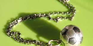 Кулон-футбольный мяч