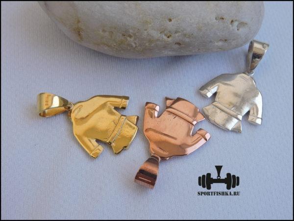 Кимоно из золота и серебра