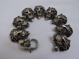 Браслет с головами льва
