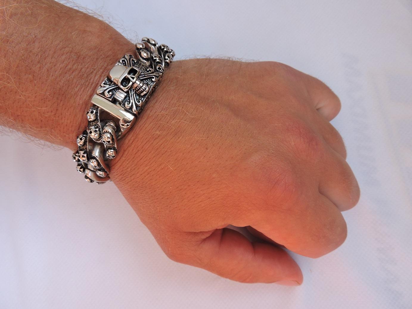 Браслеты из стали, массивный браслет, браслет с крестом, браслет с черепом