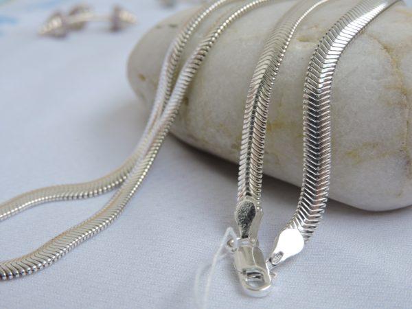 Цепочка змейка из серебра