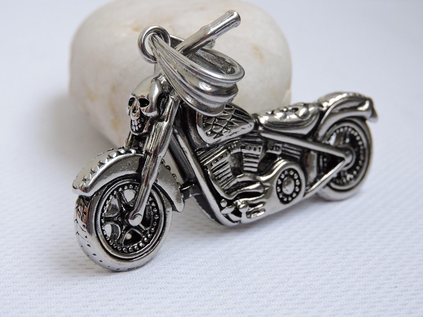 Мотоцикл кулон купить