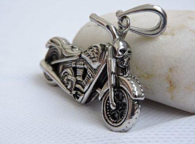 Мотоцикл кулон
