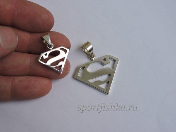 Кулон супермен из серебра маленький