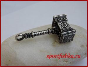 Молот тора из стали в виде кулона на шею