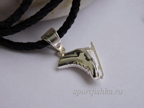 Фигурный конек серебро, Подарок фигуристке