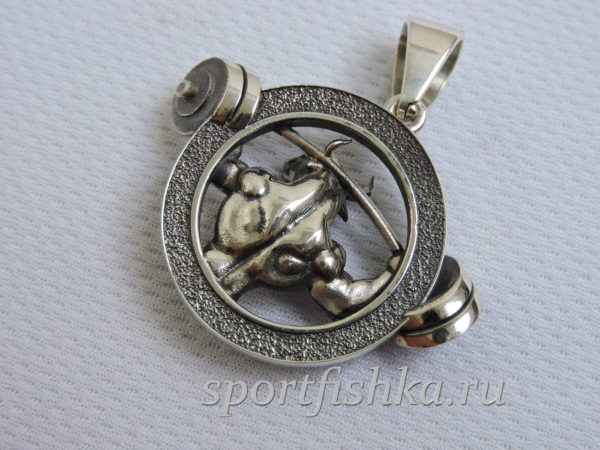 Подарок тренеру кулон бык из серебра
