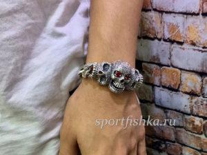 Большой мужской серебряный браслет с серепом