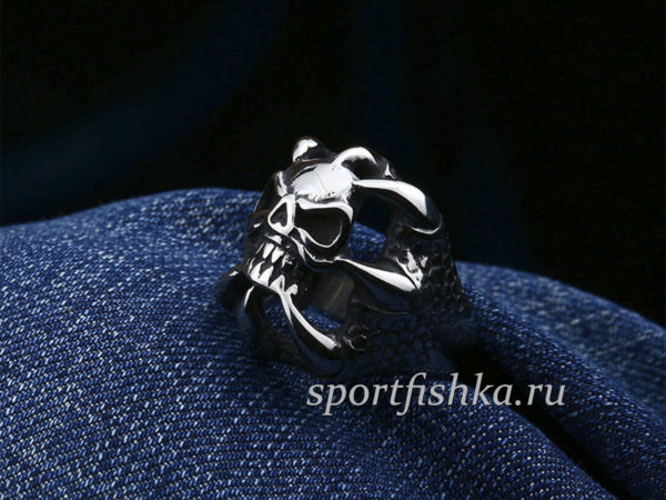 Кольцо сталь коготь