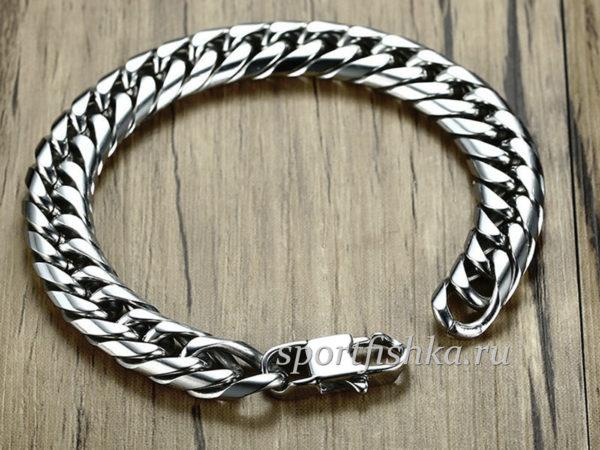 стальной браслет панцирного плетения
