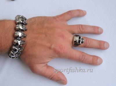 Кольцо из стали и браслет с черепами