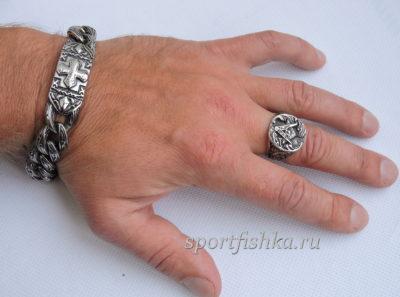 Кольцо из стали масоны на пальце