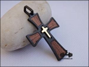 Крестик из стали