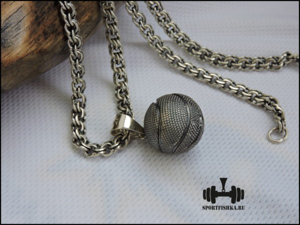 Баскетбольный подарок в виде кулона
