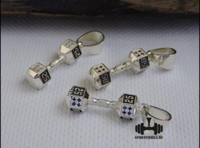 Серебряная гантель с фианитами